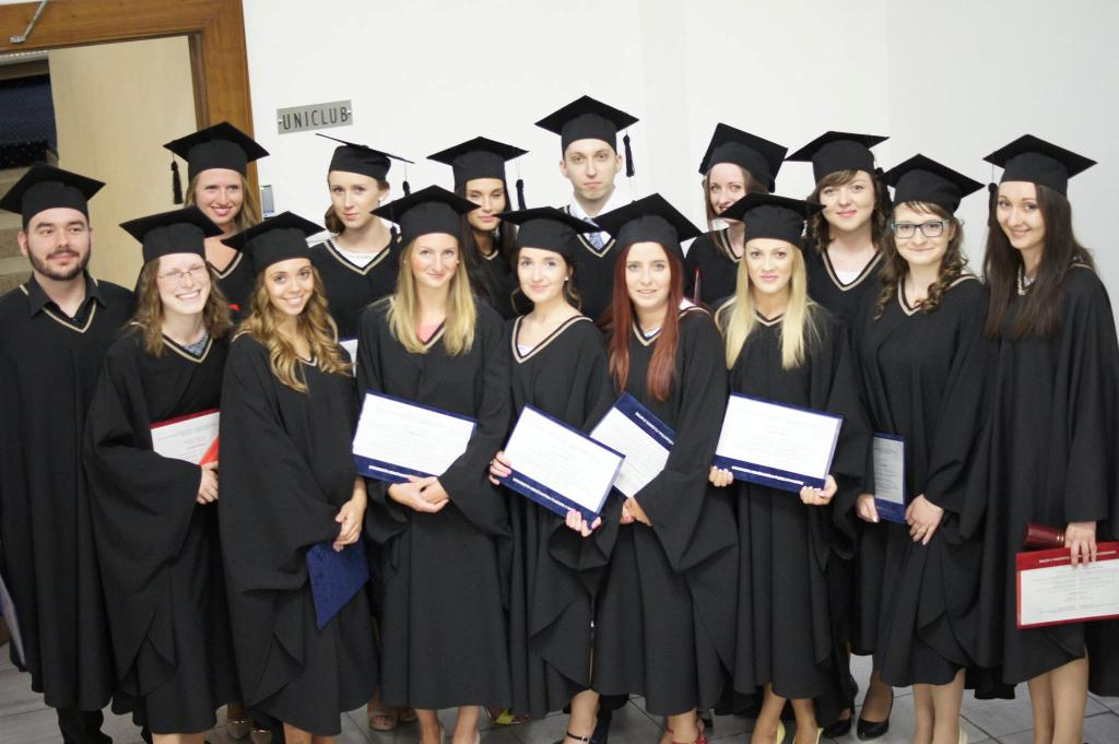 6b1c8627f401 Promócie absolventov